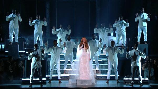 Beyonce Grammy 2015