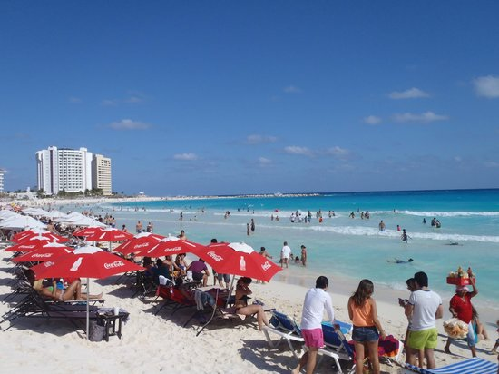 forum-beach-cancun