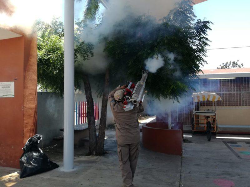 fumigan escuelas chetumal