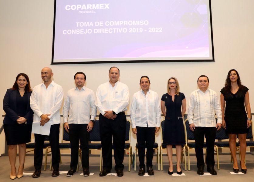 Preside Carlos Joaquín toma de protesta del Consejo Directivo de la COPARMEX