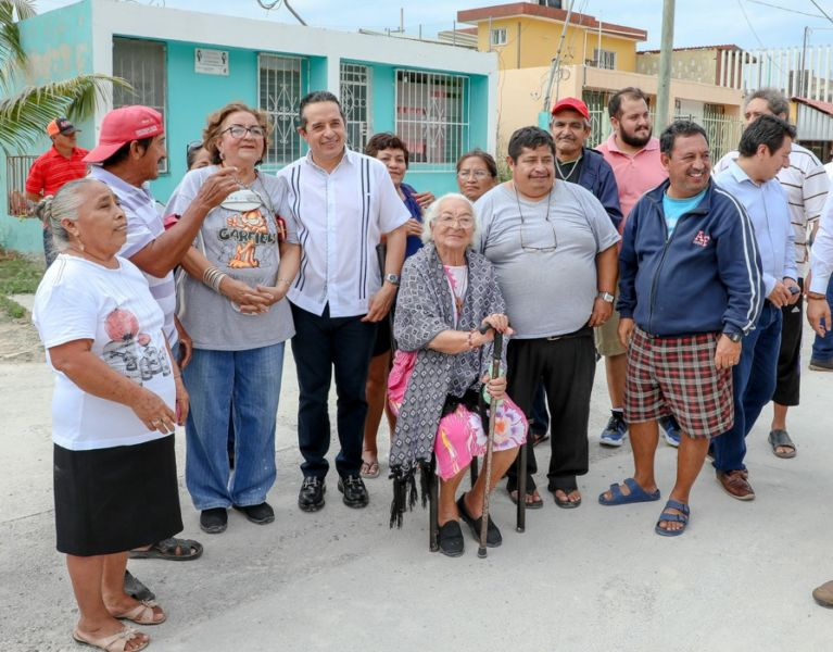 Vecinos de Chetumal satisfechos por mejoras en la red de agua potable
