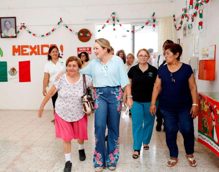 Club de la Tercera Edad ofrece en Chetumal