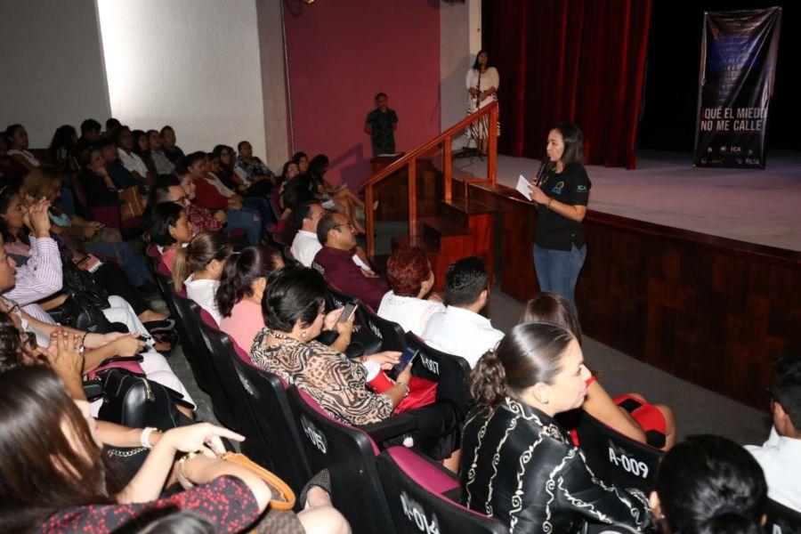 """Imparten conferencia """"Que el miedo no me calle"""" en Chetumal"""