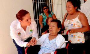campaña de entrega de sillas de ruedas y aparatos funcionales