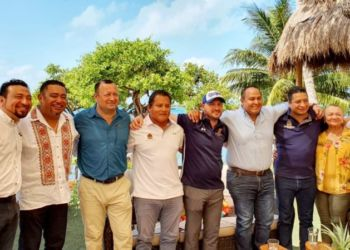 Isla Mujeres sede del Campeonato Nacional de Aguas Abiertas