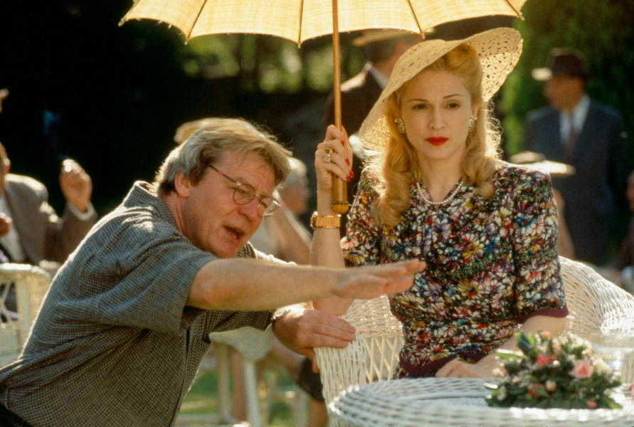 """Murió Alan Parker director de películas como """"Evita"""" y """"Expreso de Media Noche"""""""