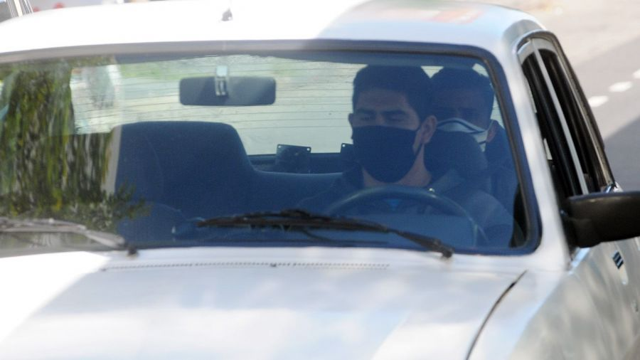¿Es necesario usar cubrebocas dentro de un automóvil particular? El Secretario de Seguridad responde
