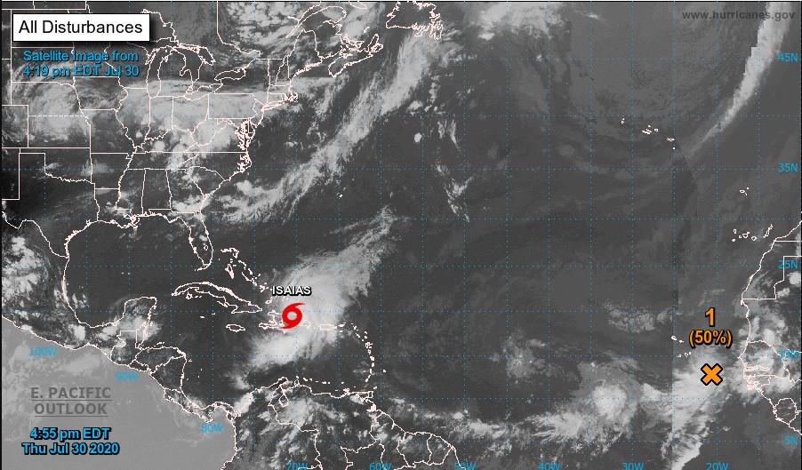Atormenta Isaias al Caribe con vientos de hasta 95 kilómetros por hora