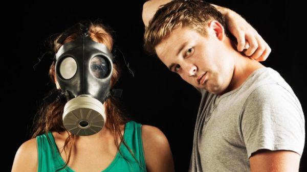 Científicos descubren el origen del mal olor de las axilas