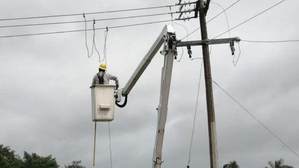 CFE no suspenderá la energía por el paso del huracán ''Delta''